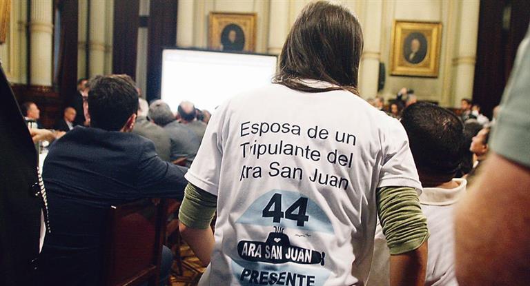 Confirman que pincharon celulares de familiares del ARA San Juan
