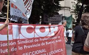 Médicos bonaerenses ratifican los reclamos salariales a Kicillof