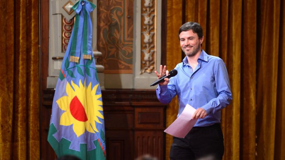 Costa no descarta un nueva ley de Puertos