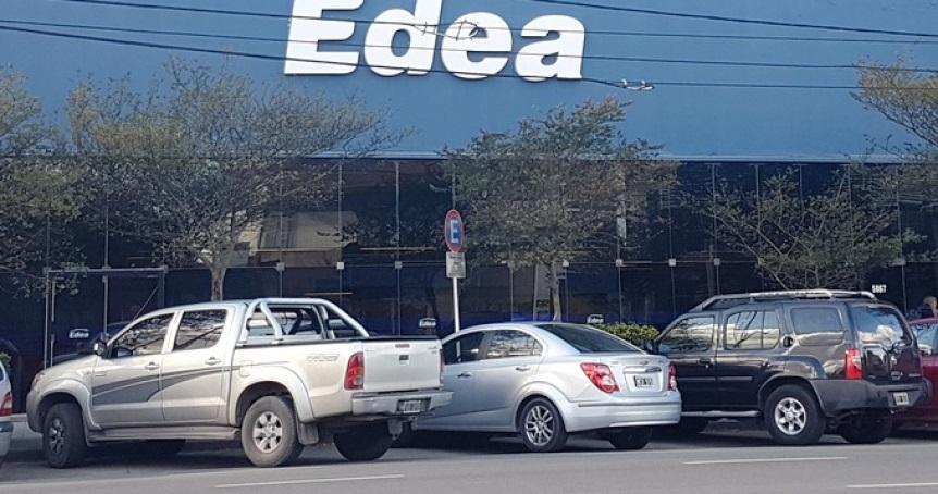 Allanan oficinas de Edelap y Edea por presunta evasión fiscal