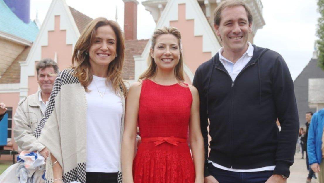 Fabiola comartió un almuerzo con niños, Garro y Tolosa Paz en la Repu
