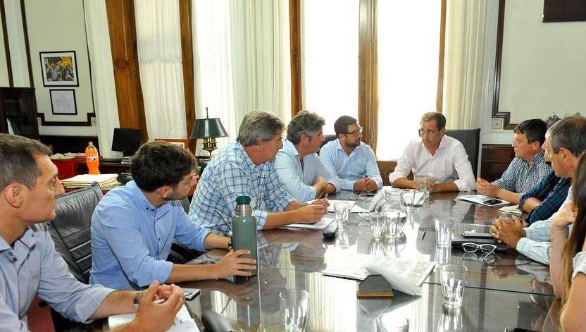 Garro se reunió con su bloque de concejales
