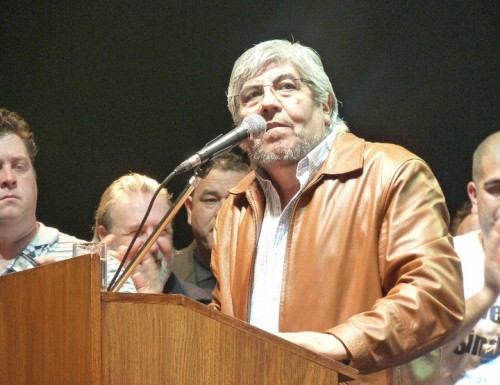 Moyano apuntó contra Duhalde, De Narváez y  Solá