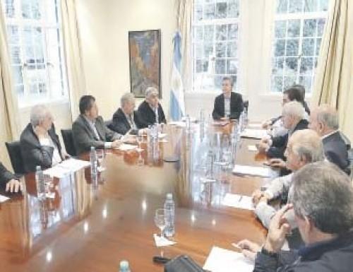 EL GOBIERNO GARANTIZÓ $ 2.700 MILLONES EXTRA A OBRAS SOCIALES Y LUGARES EN EL PAMI