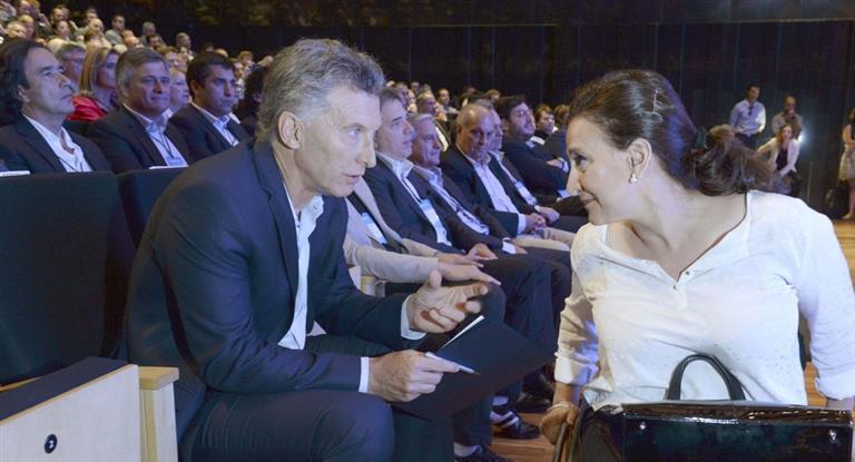 Michetti pide una sesión para allanar los domicilios de CFK