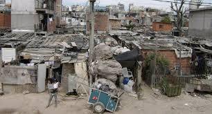La UCA dio a conocer que hay 13,5 millones de pobres en todo el país