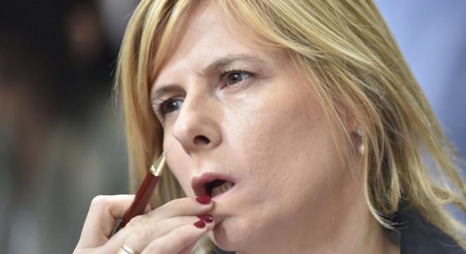 Saintout deja de ser parte de la mesa chica de la UNLP