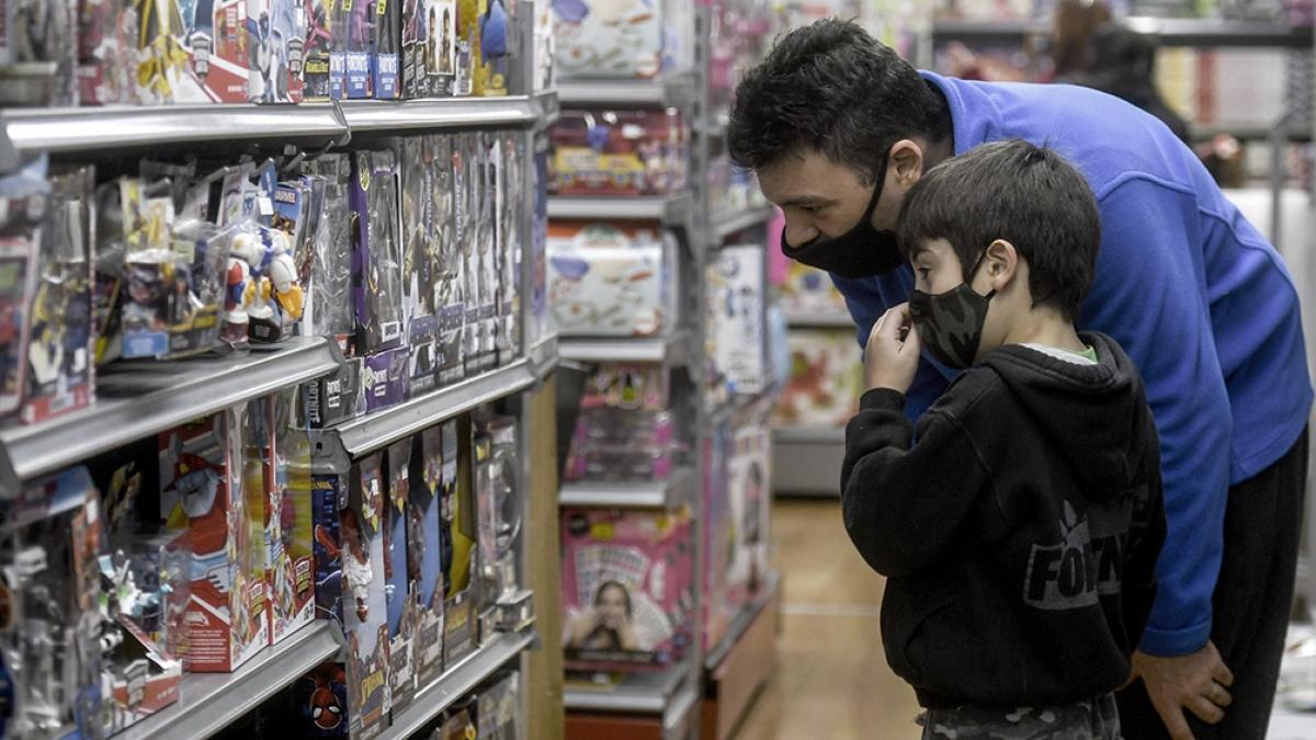 Las ventas minoristas cayeron un 5,8% en enero