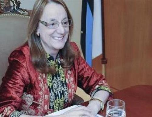 Tras varias horas acorralada, Alicia Kirchner logró salir de madrugada de la Casa de Gobierno