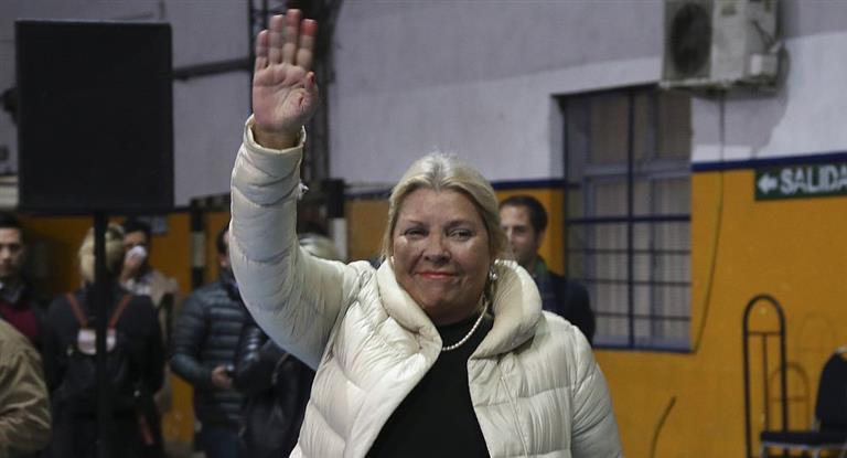 Carrió contra Macri por pasajes: