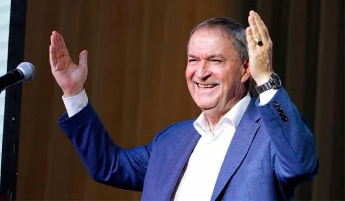 La pugna Macri-Fernández divide aguas en el peronismo cordobés