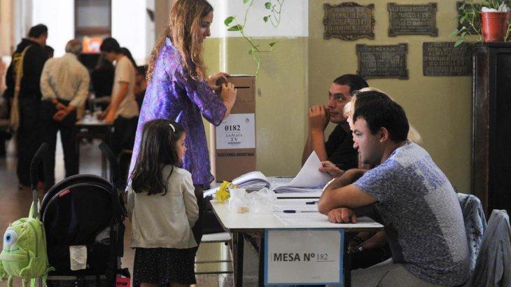 La Pampa y Neuquen estrenan el calendario electoral