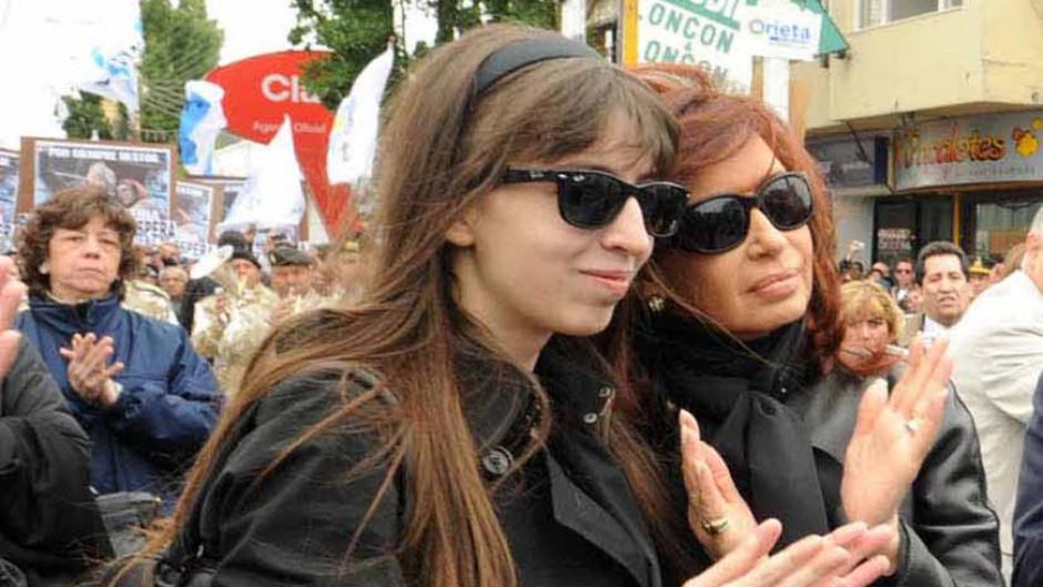 La Justicia obliga a Florencia Kirchner a volver al país