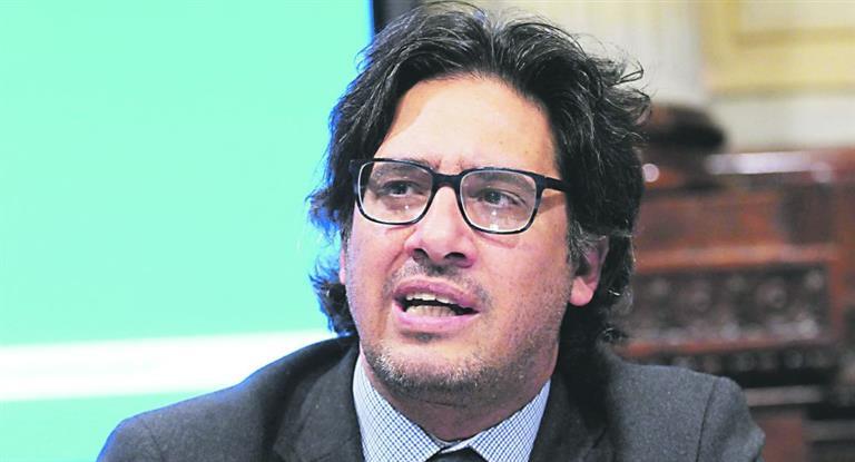 AMIA: Garavano no retrocede ante Carrió y ratifica abogado