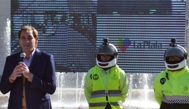 Garro presentó a los agentes que circulará con cámaras en sus cascos