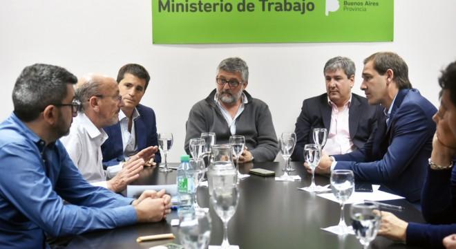 Garro, mantuvo un encuentro con empresarios de la construcción tras la detención del Pata Medina