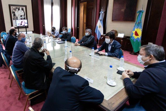 Kicillof se reunió con intendentes para evaluar cómo sigue la cuarentena