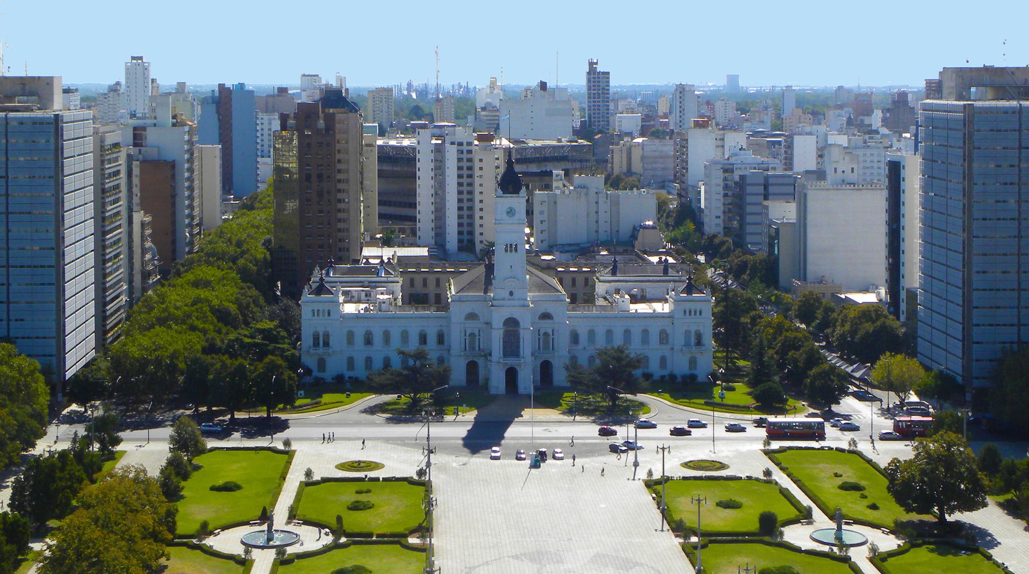 La Plata recibe 648 millones por emergencia sanitaria