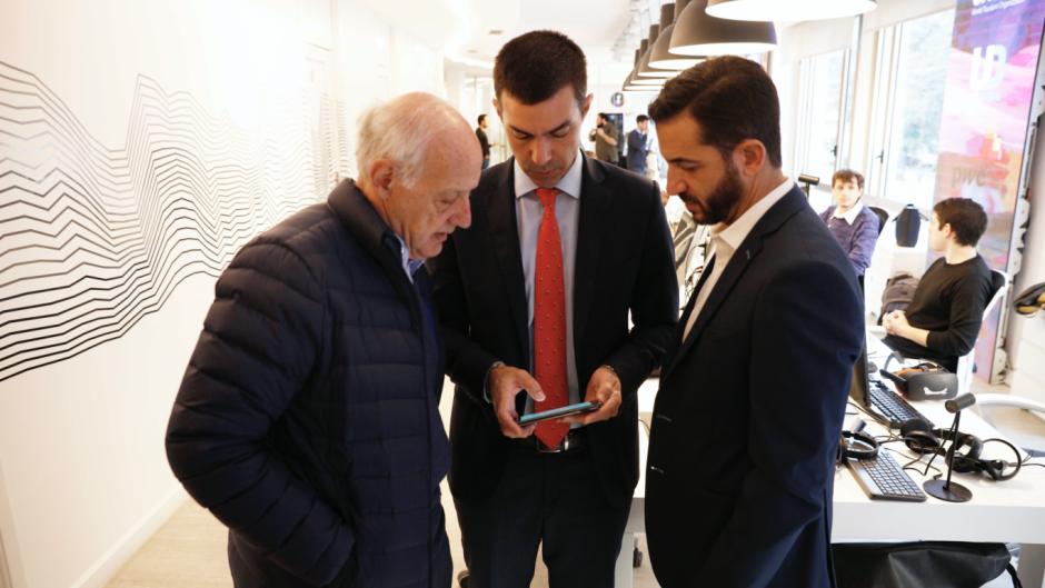Le pagan a Lavagna con dos directores del Banco Nación
