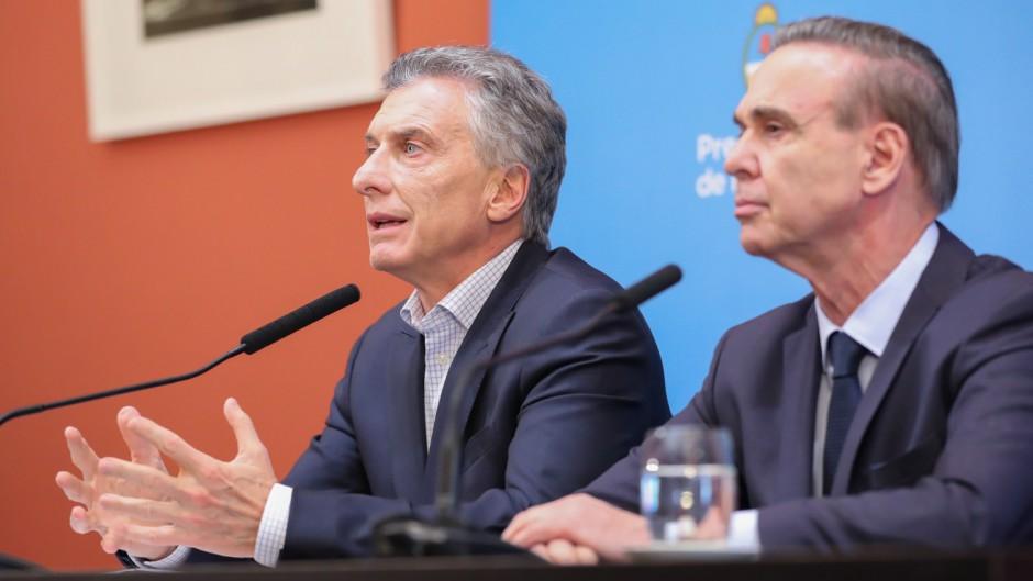 Encuesta: Macri podría caer debajo del 30%