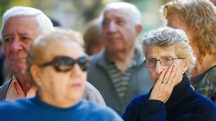 Gobierno prorroga por 3 años la moratoria jubilatoria